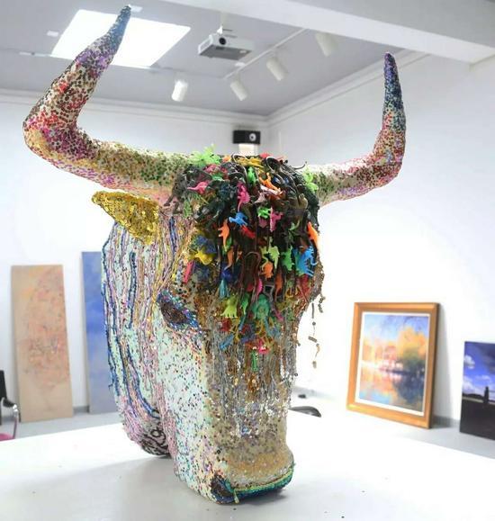 次旺扎西-牦牛,综合材料