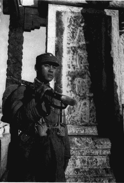 1945年中国军队重回卢沟桥