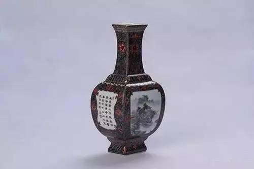 墨彩开窗山水四方花瓶