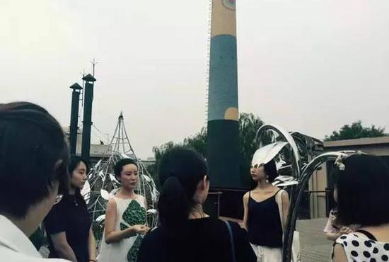 无碍——《原·木》作品尺寸:1.88×0.9×0.6m