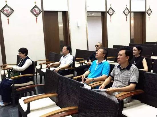 南方文交所迎来北京远洋集团董事长郑志
