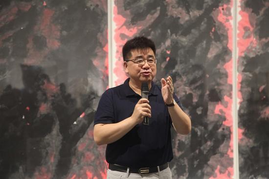 鲁迅文化发展基金会副理事长孟海东致辞