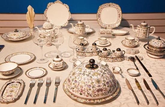 盛世如意-珍珠白(嘉宾桌)
