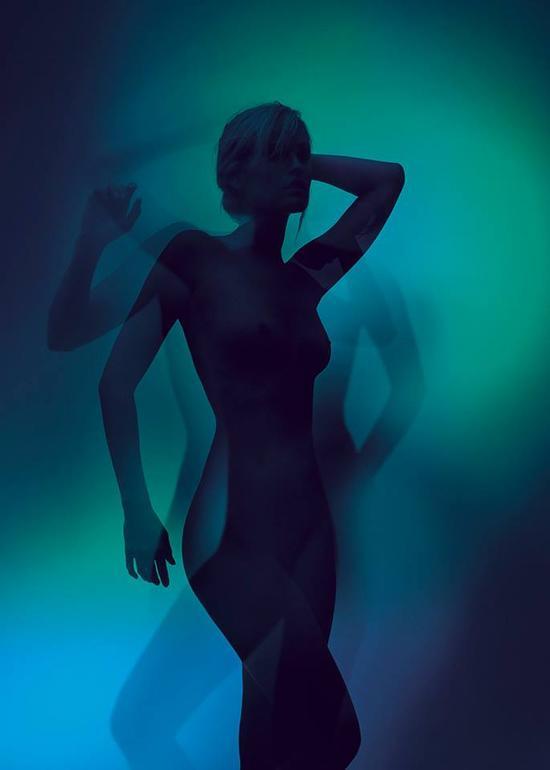 影像上海艺术博览会上展出的丹麦摄影师JACOB GILS作品
