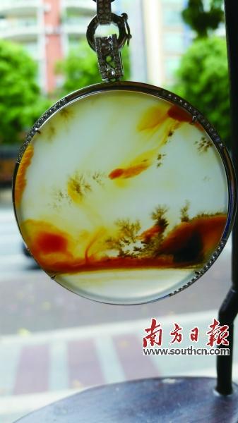 黄龙玉水草花《海底世界》,肖养杰藏