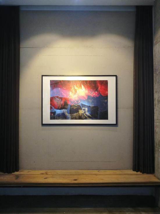 弗朗西斯·丁《腥火》布面油画 115cmx75cm