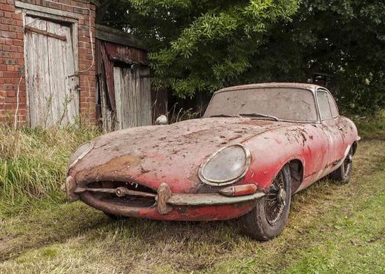 古董捷豹跑车50年后拍卖 估值高达131万