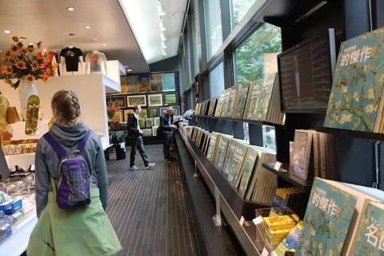 梵高博物馆艺术衍生品商店