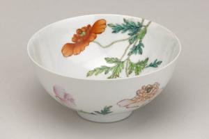 中华陶瓷千千万 雍正瓷器凭什么称最美