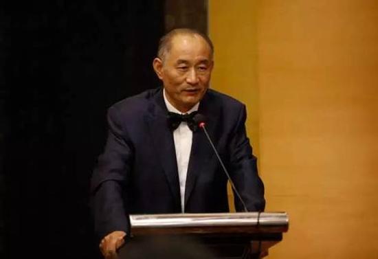 南京国际美术展创始人、百家湖国际文化投资集团董事长 严陆根博士