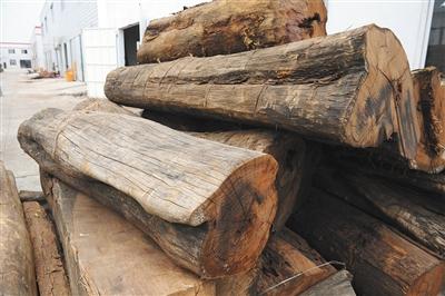 有数据指出,中国市场的需求占全球需求量的90%,是世界范围内红木产品最大的消费市场