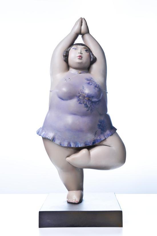 快乐的小胖妞NO1_(材质:树脂_尺寸:90cmX60cmX40cm_年代:2013年
