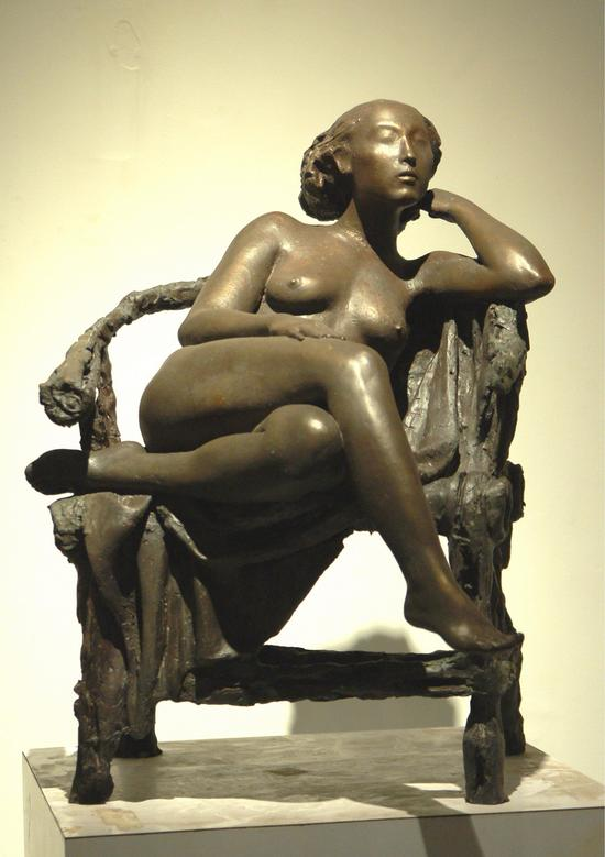 邓柯作品_《消逝系列1-华年》铜,长45cm,宽50cm,高55米cm 2007年