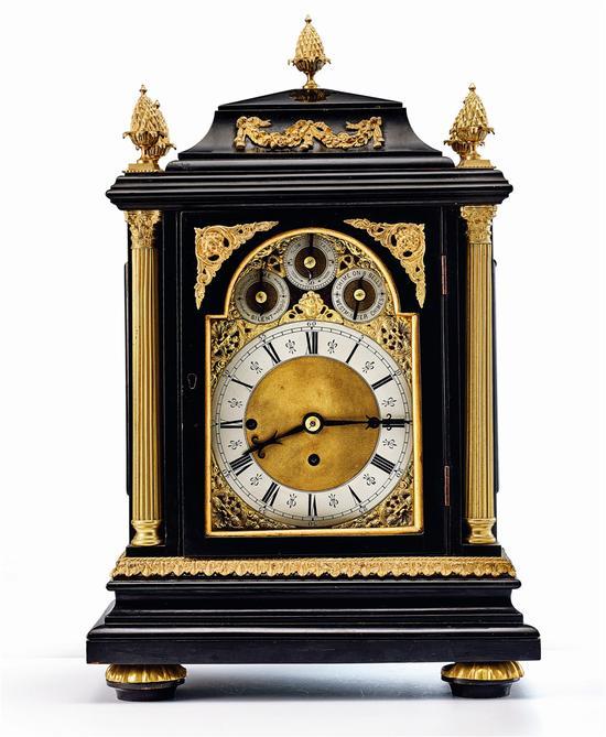十九世纪英国八铃铜鎏金乌木钟
