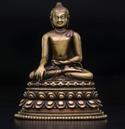 11世纪 铜释迦牟尼佛 嵌银、嵌红铜 东印度帕拉王朝 高10.8cm