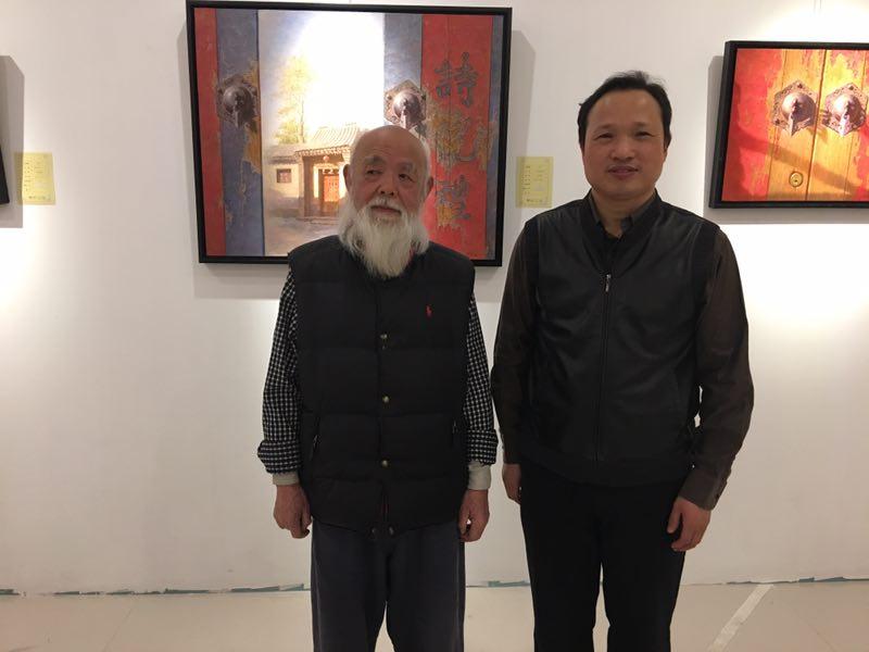 著名艺评家 柯文辉先生与李胜兵先生合影