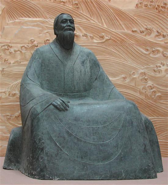 钱绍武《曲阜孔子像》 铸铜 高250cm 1999年