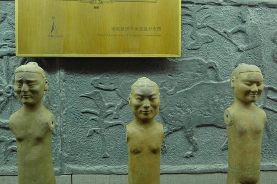 图13汉阳陵裸体陶俑
