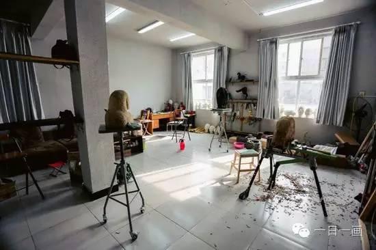 史玉龙的工作室