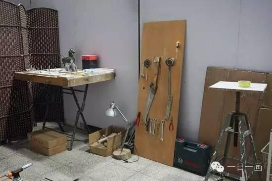 金芃百工作室一角