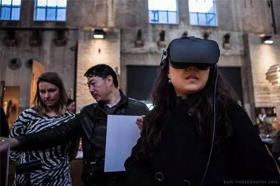#House of Hermeta展台的虚拟现实体验#