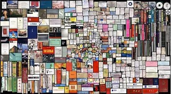 国外的美术馆摒弃了对艺术流派、时代特征和艺术思潮的文字介绍,取而代之的是将问题留给参观者。   20世纪初,英国艺术批评家罗杰弗莱(Roger Fry)在谈及美术馆理想的时候,为美术馆的参观者做了一个小小的社会学分析:   当公众离开大街,进入一家美术馆时,他们期待着什么?他们可能期待着任何东西:一个临时的温暖休憩场所,一点微不足道的娱乐,一种闲逛的好奇心的满足,一次将历史想象付诸实践的机会,一些专为深沉热烈的臆想提供的养分。   只有当公众走进美术馆的心情如同走进购物中心一样轻松愉悦时,谈论美术馆的理