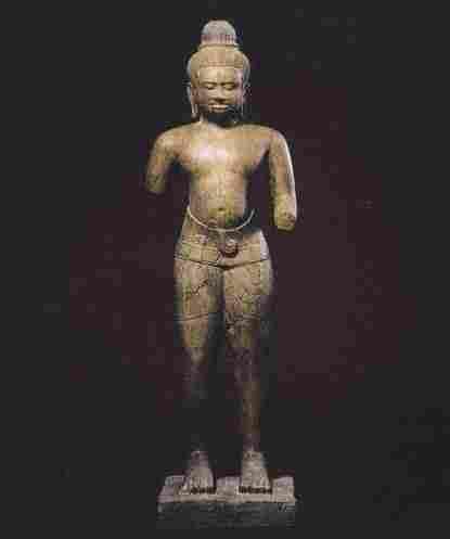 一件约11世纪来自柬埔寨的湿婆像,由Nancy Wiener在2008年购入,调查员相信该件物品也是被掠夺来的。