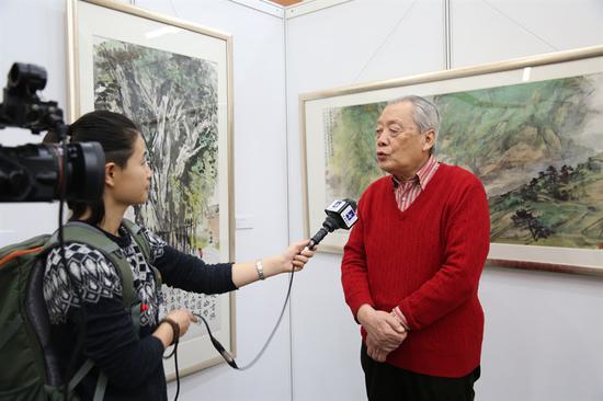 金鸿钧接受采访
