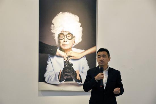 广西巴马春雨公益协会副会长杨子