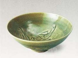 北宋耀州窑青釉刻水波三鱼纹碗(耀州窑博物馆)