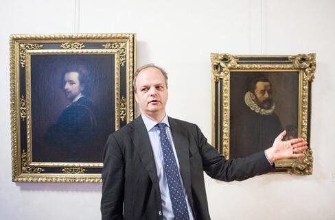 艾克?施密特是乌菲齐历史上第一位非意大利人馆长