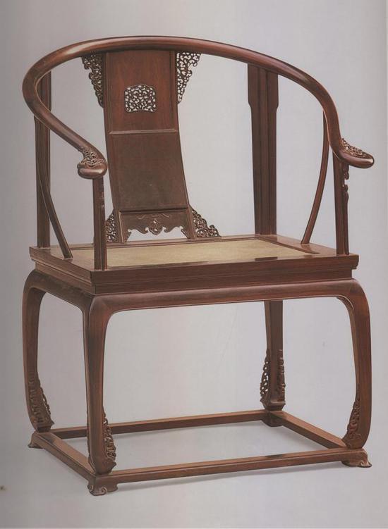 清紫檀有束腰带托泥圈椅 故宫博物院藏