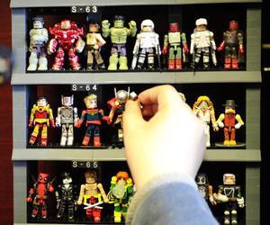 80后10年投入10万收藏人偶