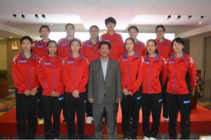 深圳市前岸国际艺术中心开幕 八一深圳女排助力