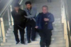 抽支烟百万玉石被盗 警方辗转千里缉拿流窜嫌犯