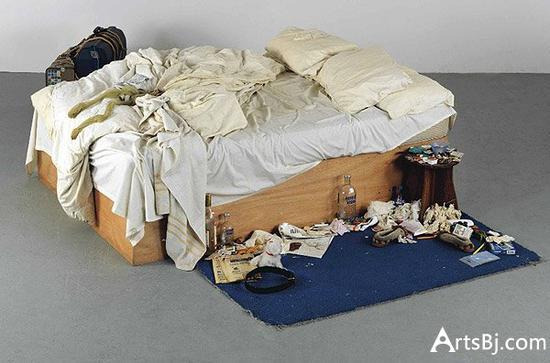 翠西·艾敏,《我的床》,1998。图片:致谢泰特博物馆