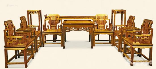 金丝楠老料中堂 (一组十二件) 112万元成交 上海联合2014秋拍