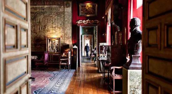 女公爵西班牙城堡内收藏的价值连城的珍品