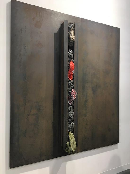 意大利贫穷艺术家雅尼斯·库奈里斯的作品