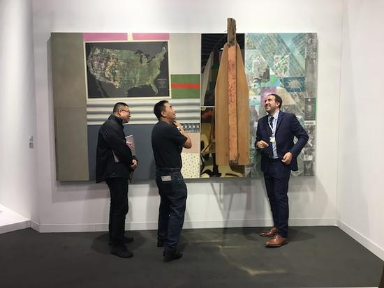 佩斯画廊带来的罗伯特·劳森伯格的作品。