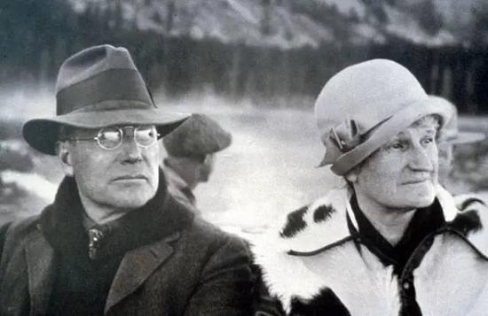 小洛克菲勒与妻子阿比·洛克菲勒