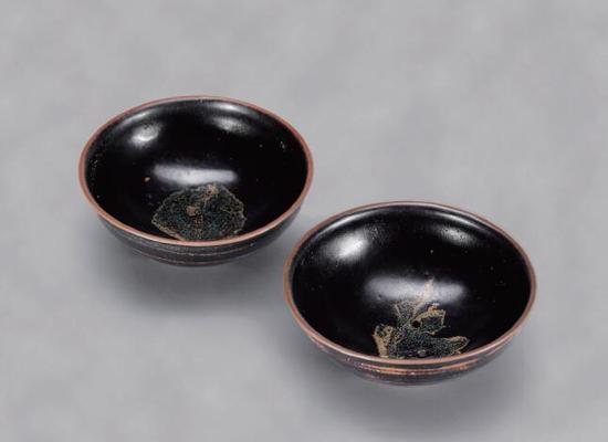 宋  吉州窑  黑釉木叶茶盏 (一对)