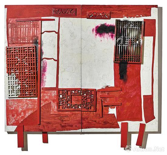 王怀庆《房中房─红色之床(双联作)》,成交价:2170万港元