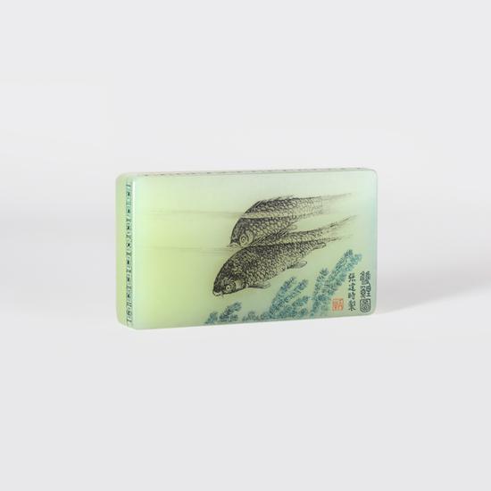 01927张建时  黄玉双鱼图 规格:8.2×4.6×1.5cm 重量:170g