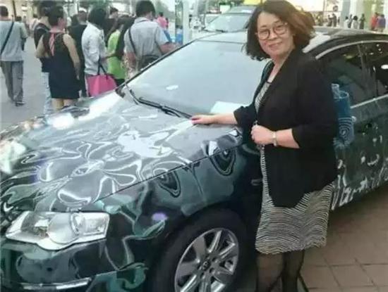 志愿者,CCTV著名主持人张越和她的车