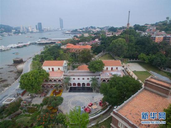 这是5月10日航拍的故宫鼓浪屿外国文物馆。