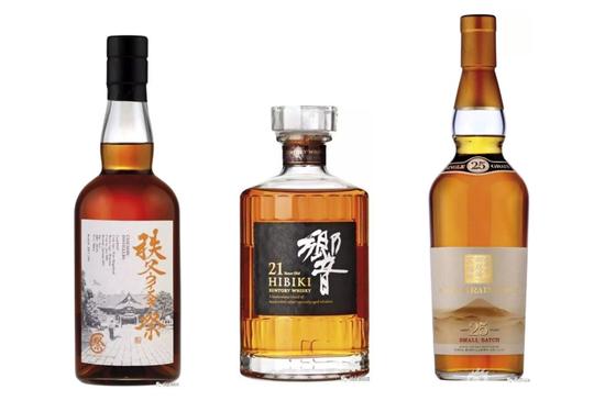 左起为:秩父Chichibu、三得利Hibiki、麒麟Fuji-Gotemba