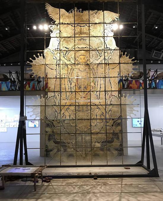 邬建安,《九重天》,皮影装置。图片:致谢威尼斯双年展中国馆