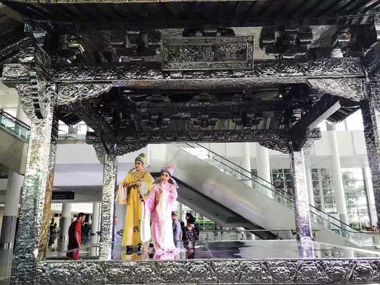 陈志光《古戏台》
