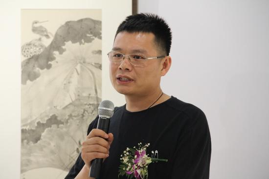 参展艺术家代表赵少俨致感谢辞